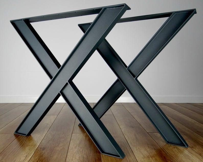 """Металлические опоры для стола """"Heavy-X"""" в ресторан черный цвет"""
