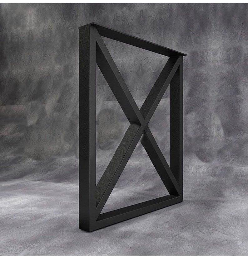 """Черные металлические опоры """"X-quad"""" для стола"""