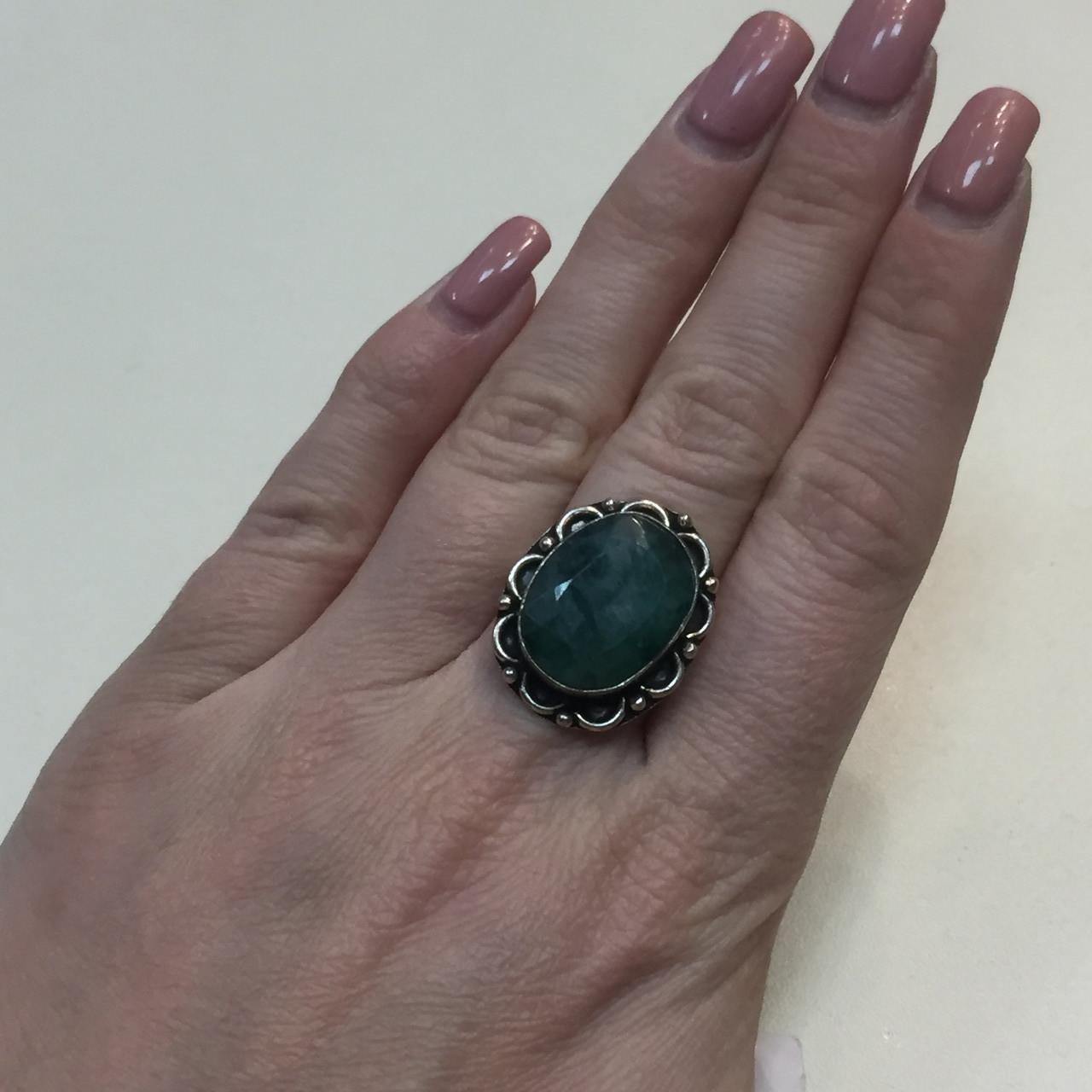 Изумруд кольцо овальное с натуральным камнем изумруд в серебре. Кольцо с изумрудом. Размер 17-17,5. Индия