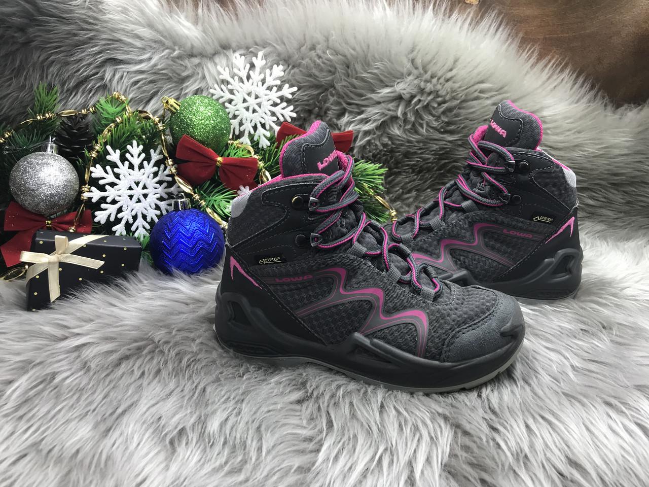 Ботинки Lowa Gore-Tex (28 размер) бу