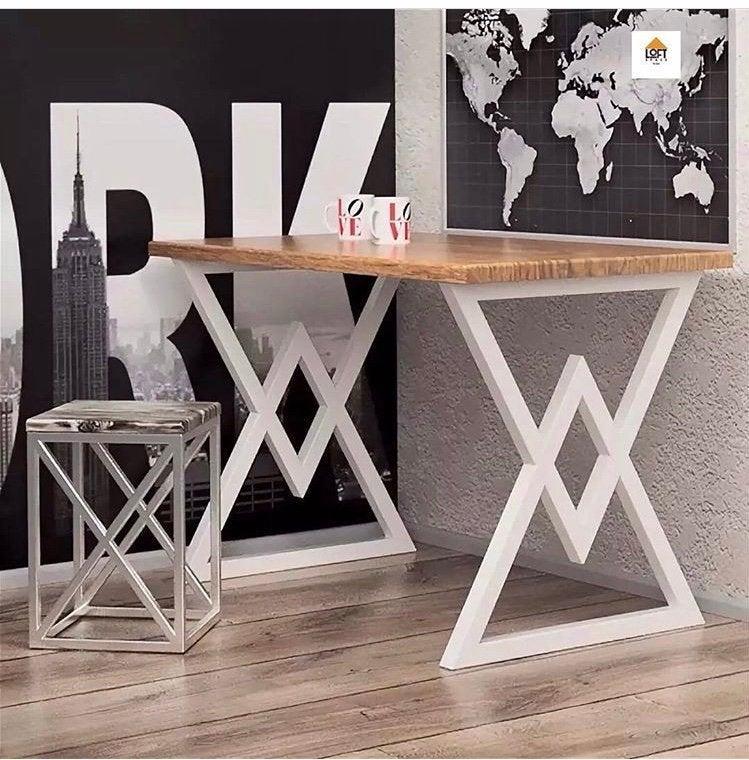 """Металлические опоры """"Delta"""" для стола в белом цвете"""