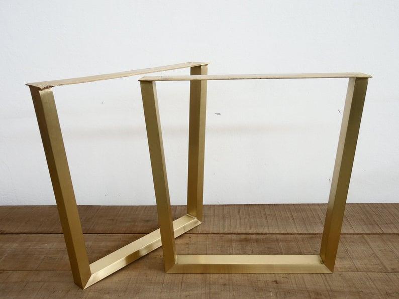 Металлические опоры для стола в ресторан золото