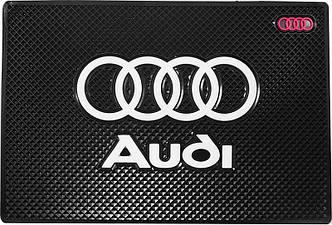 Противоскользящий коврик в машину Audi (20х13 см)
