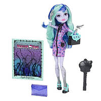 Monster High Твайла из серии новый Скарместр