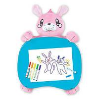 Crayola Дорожный набор столик зайка с фломастерами Travel Lap Desk with Storage Bunny Stuffed Animal, фото 1