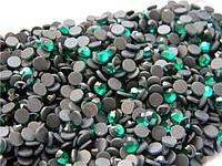 ДМС Стразы ss6 Emerald (1,9-2мм)горячей фиксации. 1000шт.