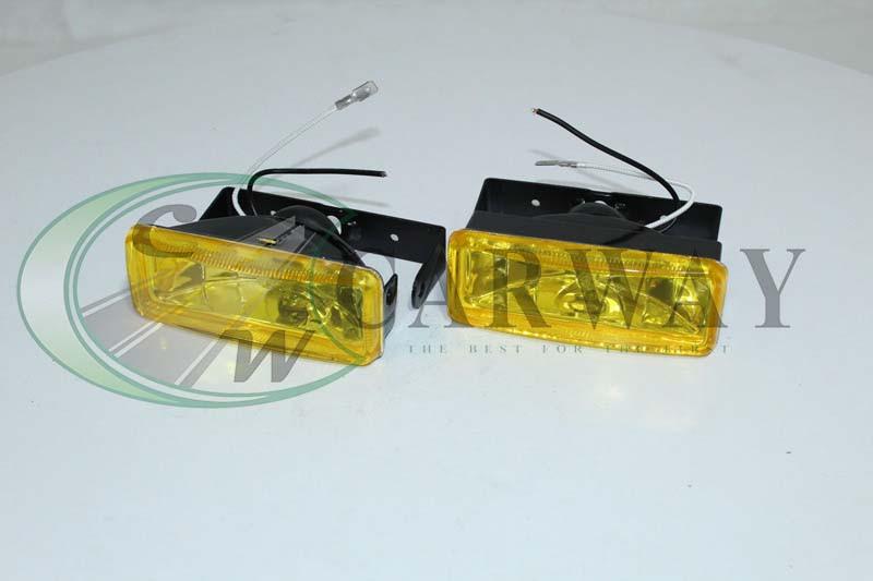 Фара с галогенкой желтая (прямоугольная 008B/W) 110*40 LA HY-008B/Y Lavita
