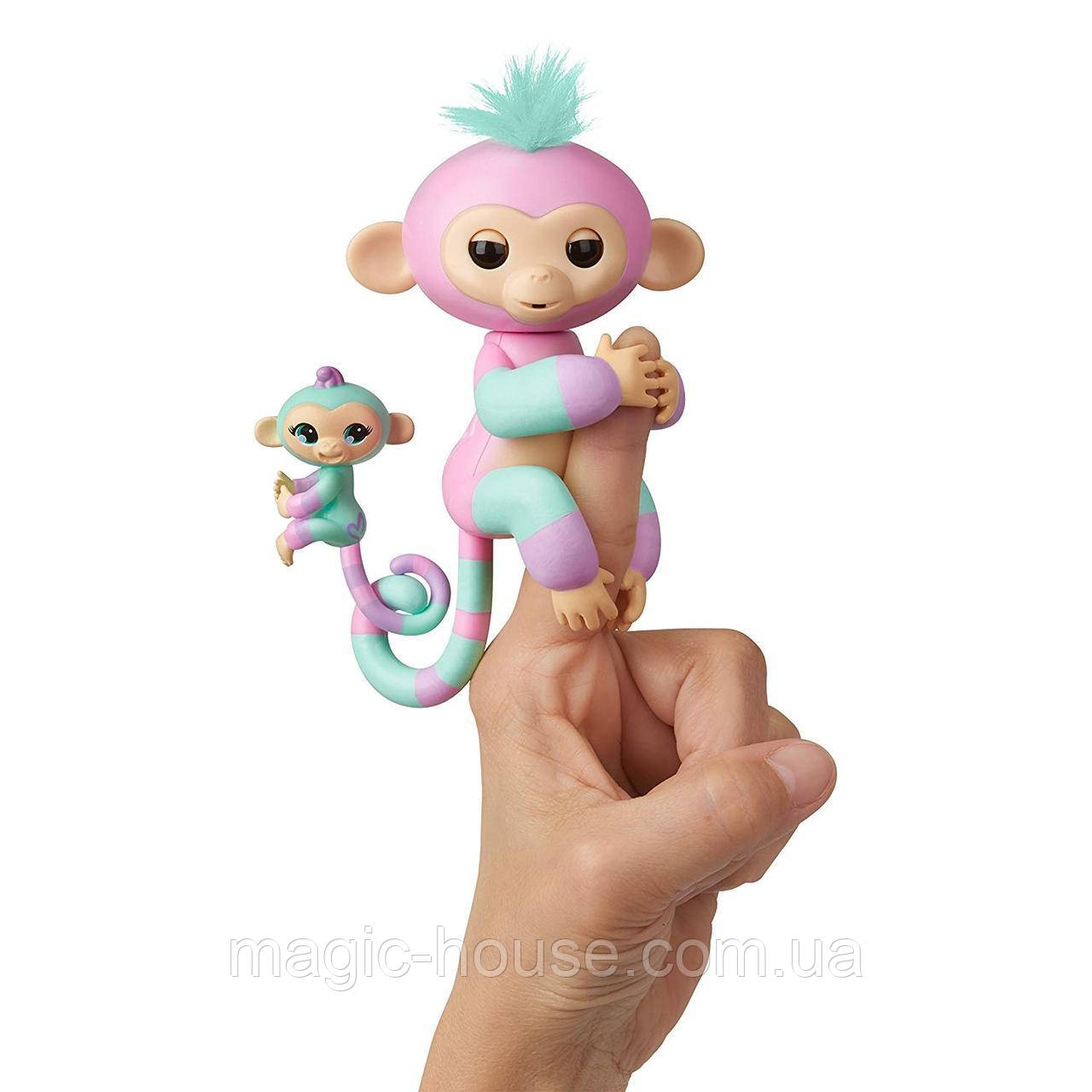 Оригинал Интерактивная обезьянка Fingerlings Baby Monkey Ashley & Chance