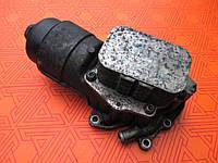 Корпус масляного фильтра для Peugeot Partner 1.6 HDi. В сборе с теплообменником на Пежо Партнер 1.6 ХДИ.