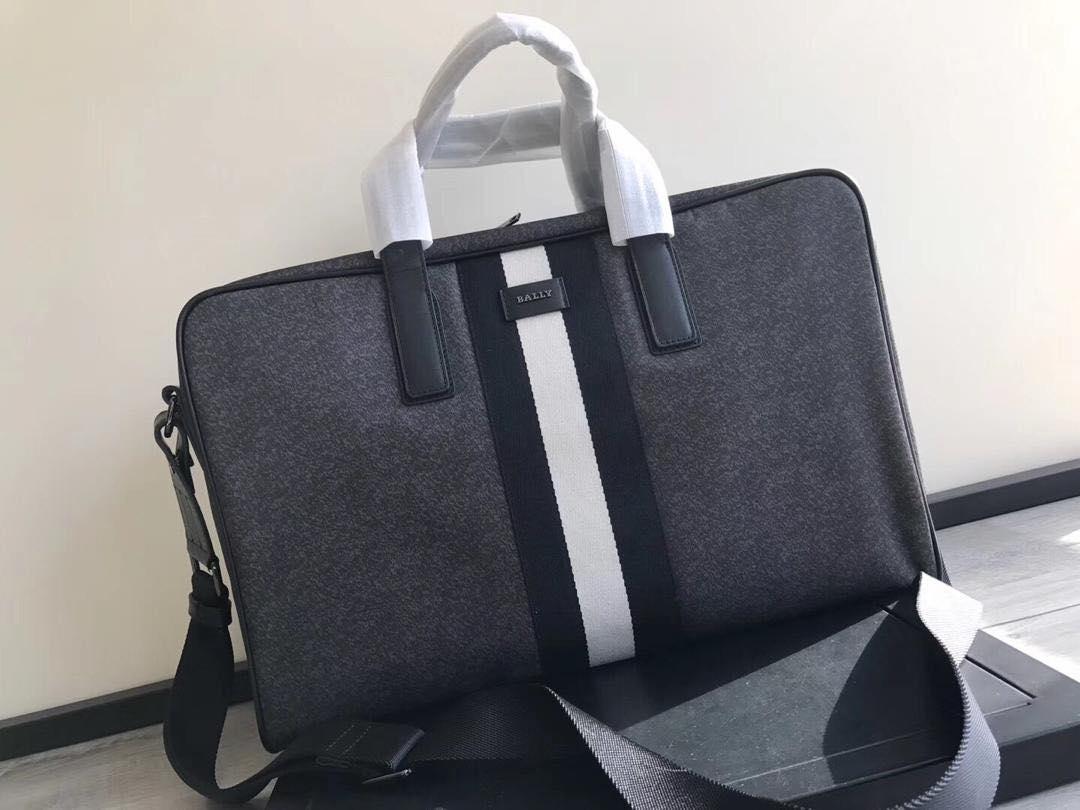Мужская сумка Bally