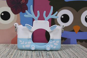 Чехол силиконовый на детский фотоаппарат голубой олень