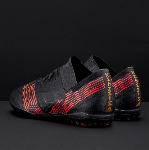 detskie-futbolnye-sorokonozhki-adidas-9q87z61