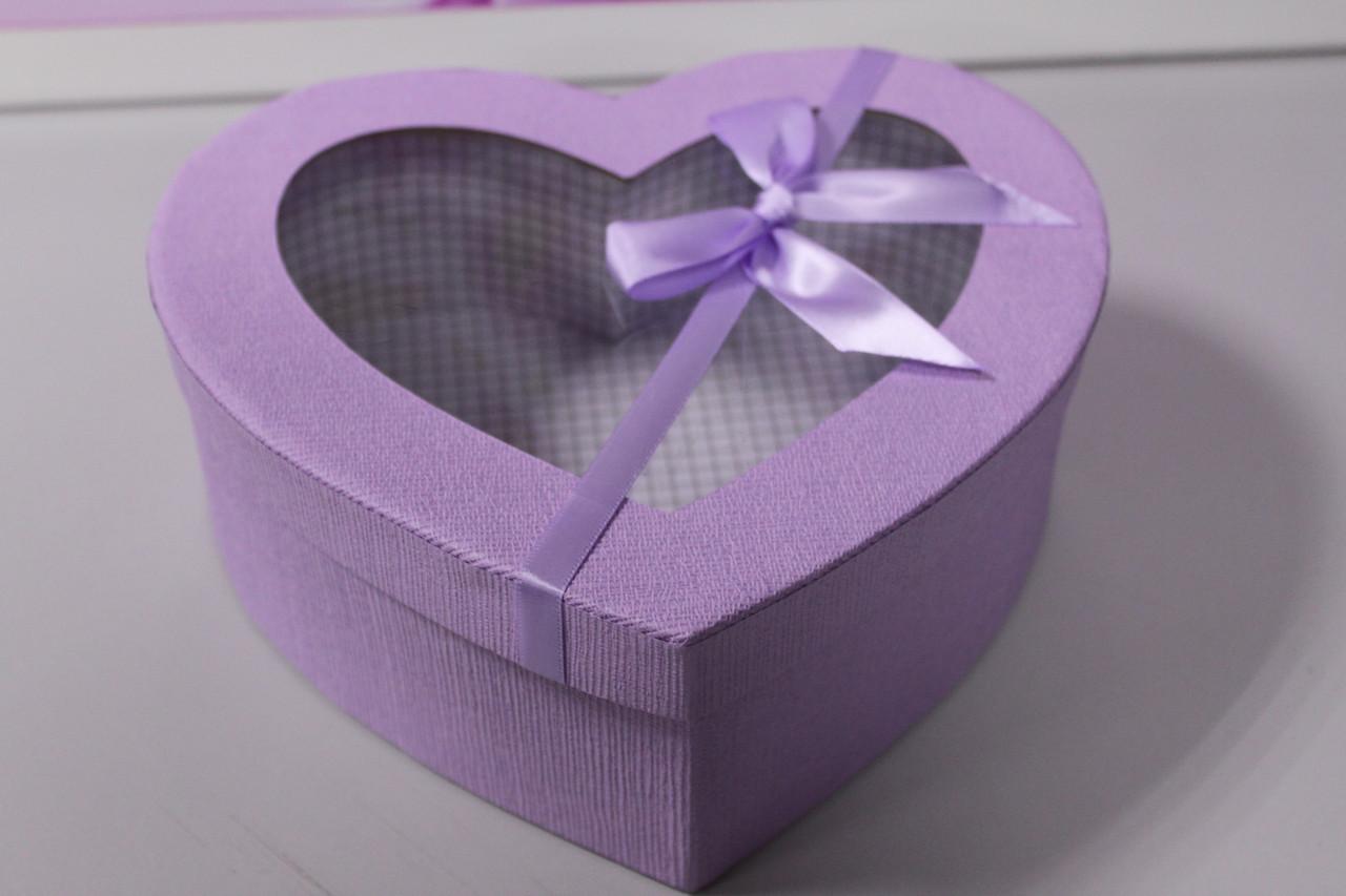 Подарочная коробка в форме сердца сиреневая с бантиком 20.5 см
