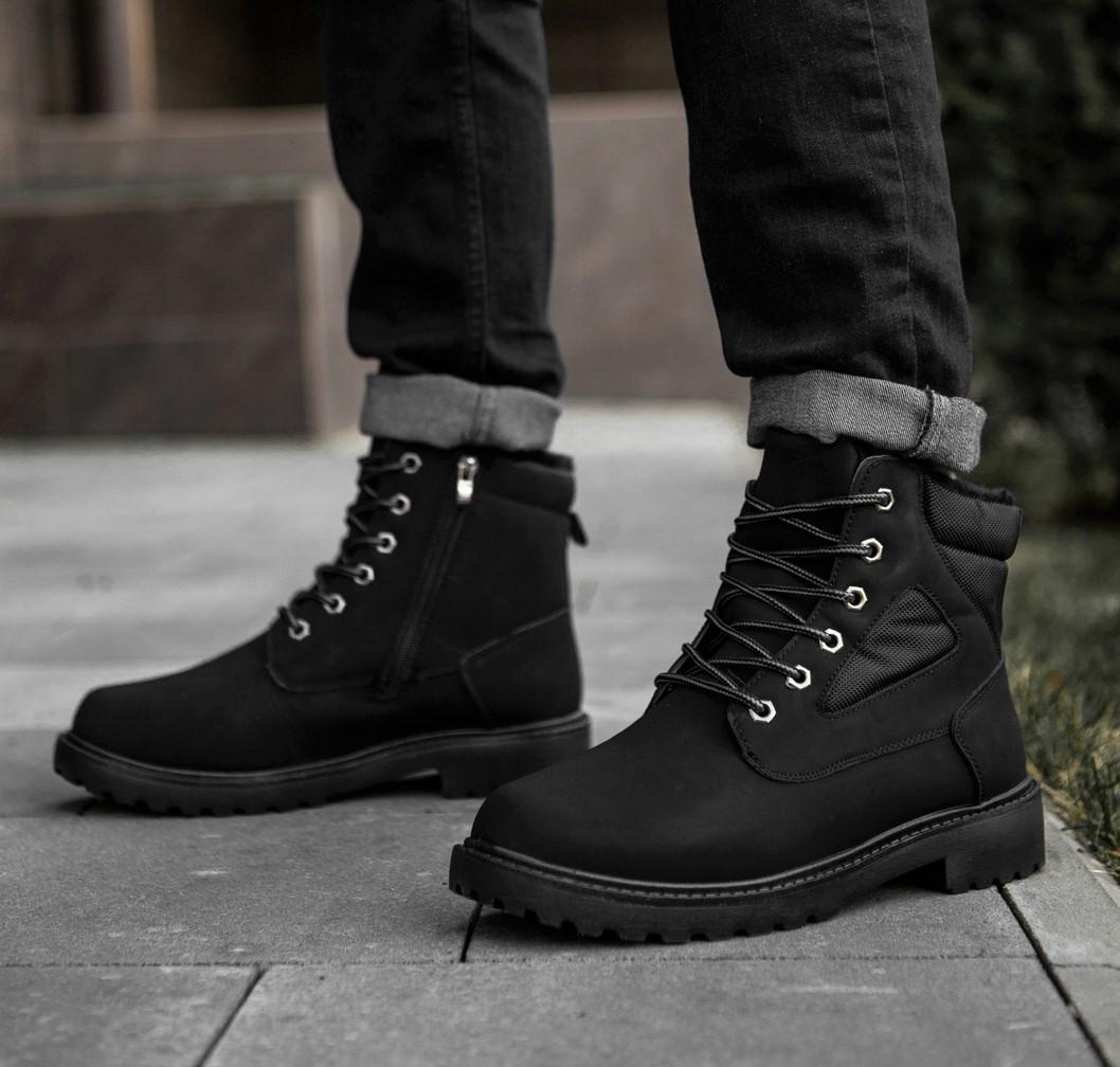 Черевики зимові чоловічі чорного кольору