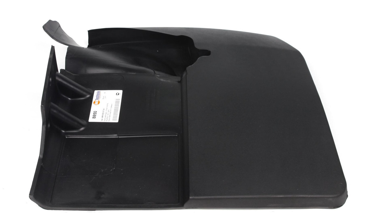 Брызговик задний правый (двухкатковые колеса) MB Sprinter 515/VW Crafter 50 06- (8850) Autotechteile
