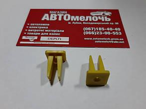 Квадрат обшивки 8мм. х 9мм. желтый