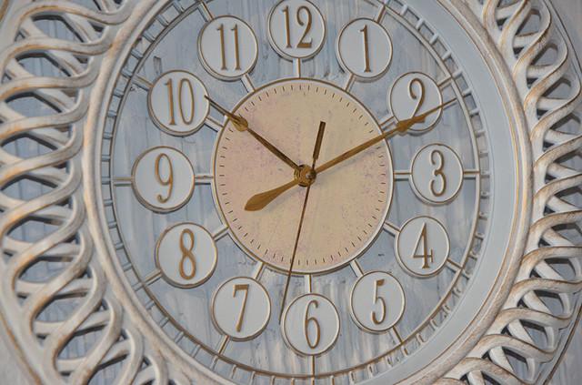 """Настенные часы """"Antiq round white"""" (фото)"""
