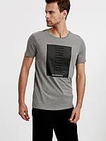 Серая мужская футболка LC Waikiki / ЛС Вайкики с черным квадратом UNIQUE