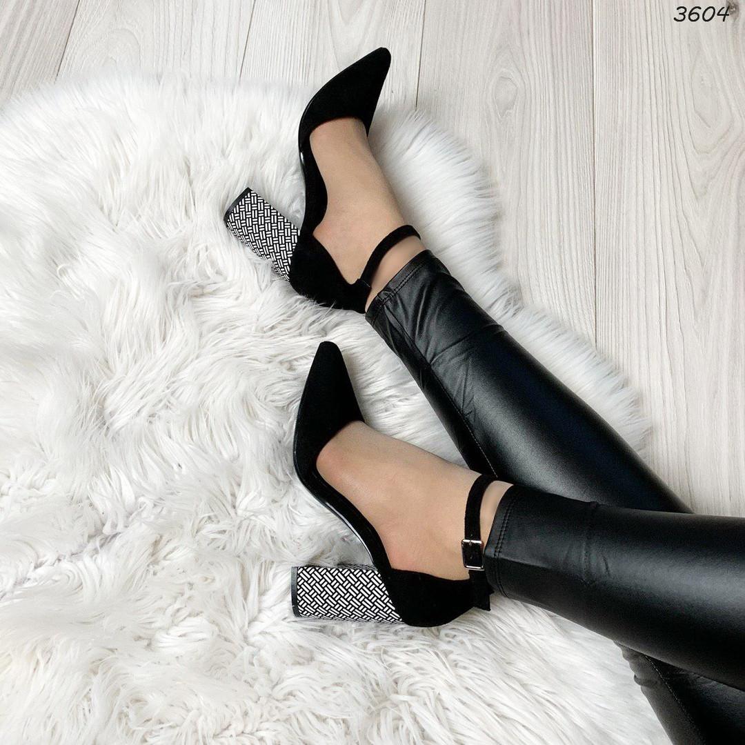 Туфли на застежке женские
