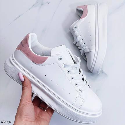 Белые кроссовки с розовой пяткой, фото 2