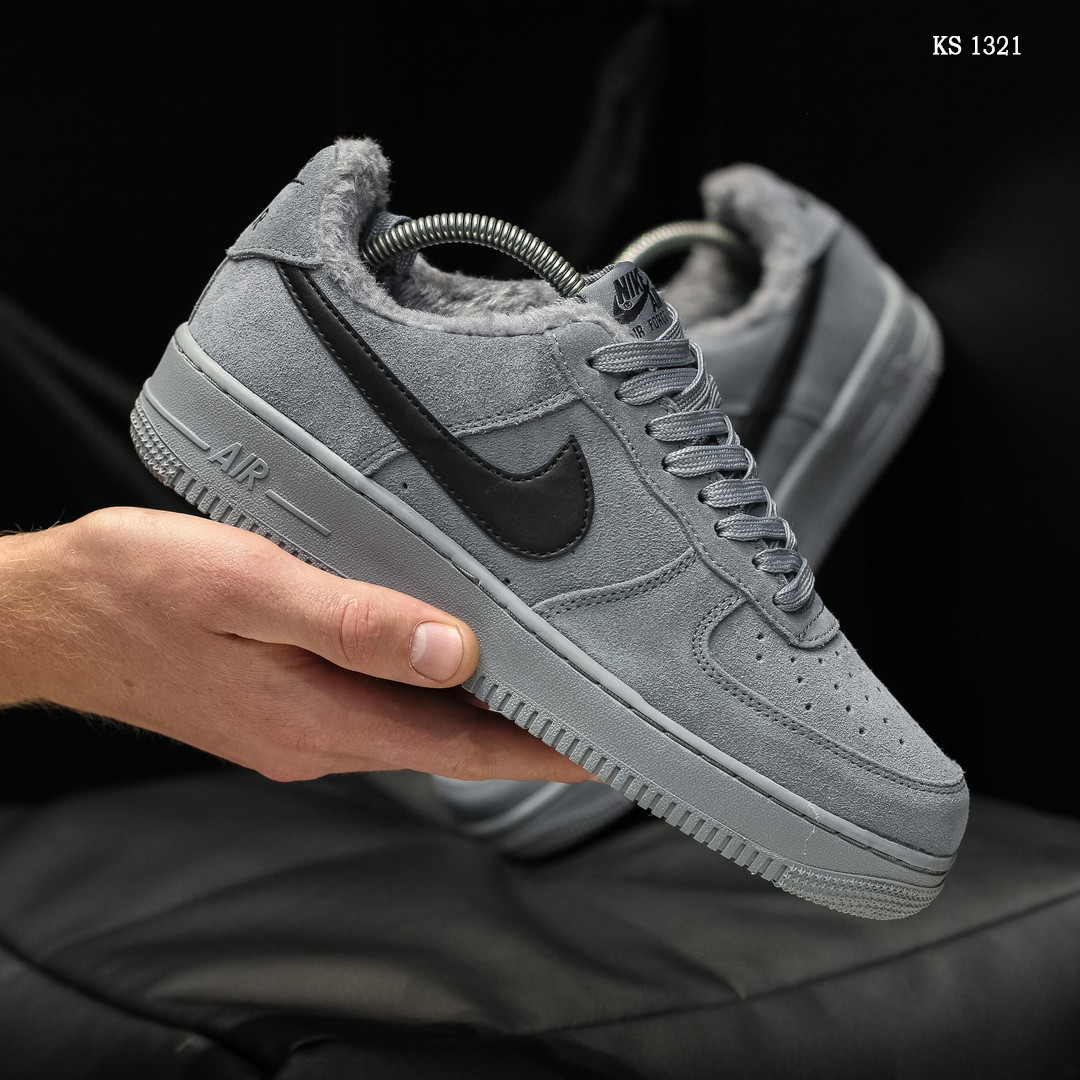 Мужские кроссовки Nike Air Force 1 07 Mid LV8 (серые) ЗИМА