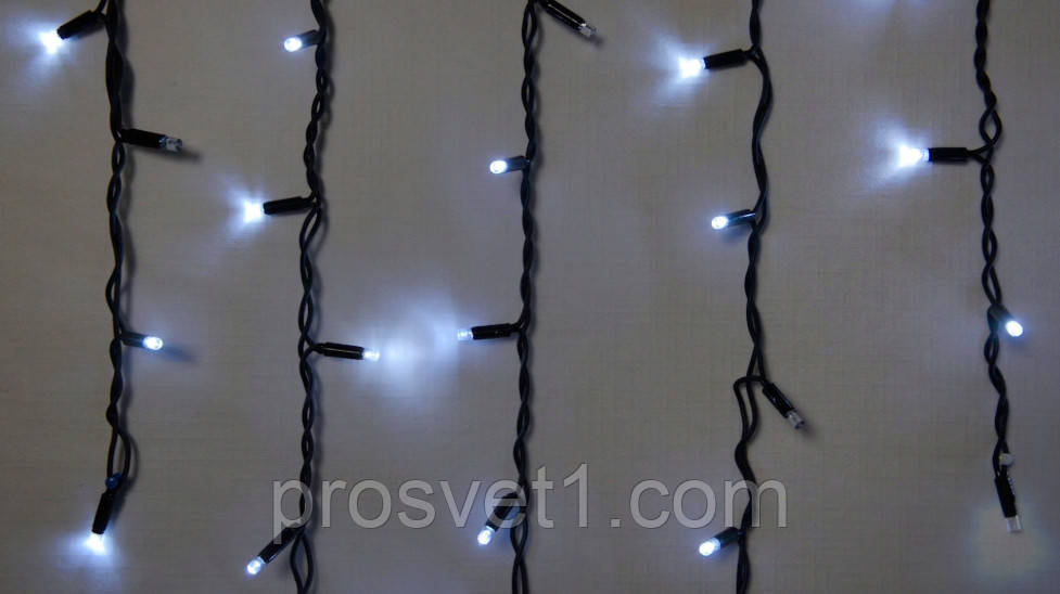 Гирлянда уличная DELUX ICICLE 75 LED бахрома 2x0,7m 18 flash белый/черный IP44 EN