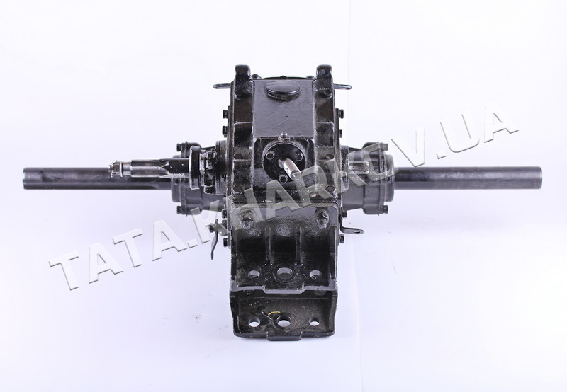 КПП в сборе (редуктор на 6 передач) крепление рамы на 5 отверстий - 180-195N