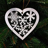 """Деревянная игрушка на елку """"Заснеженное сердце"""""""