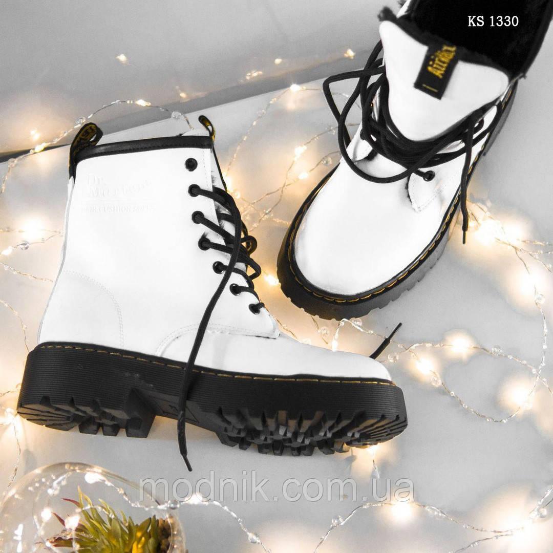 Женские зимние ботинки Dr.Martens Jadon Classic (белые)