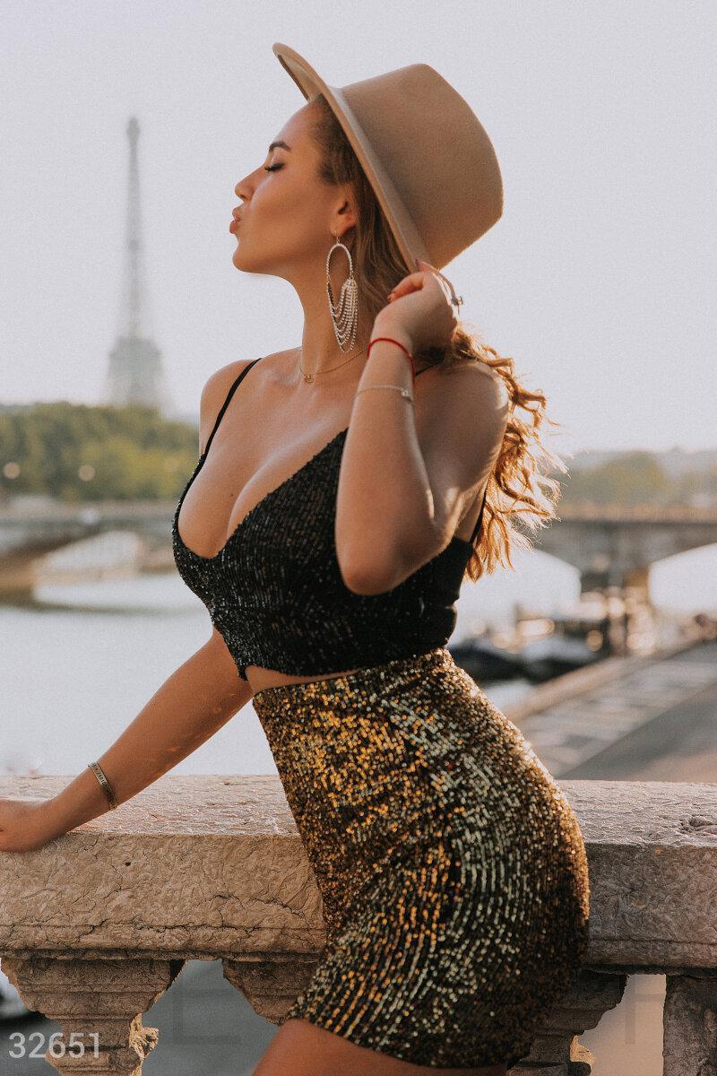 Блестящая короткая юбка-мини с двухсторонней пайеткой