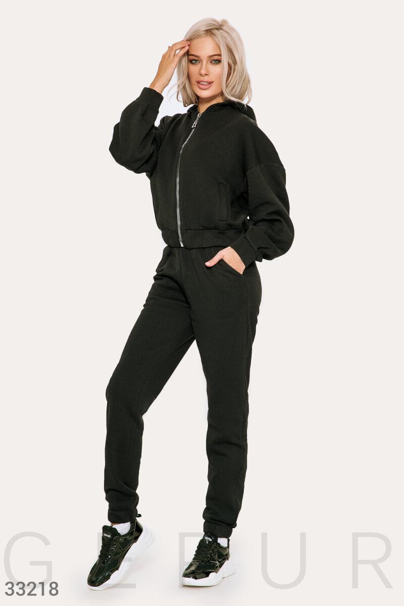 Теплый спортивный костюм свободного кроя черный