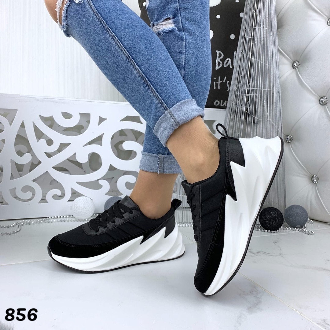 Кроссовки женские черные под бренд 856