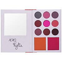 Набор теней с румянами Kylie the diary palette