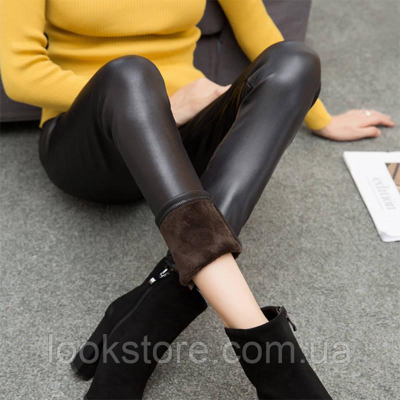 Женские теплые зимние тканевые лосины с кожаной пропиткой черные
