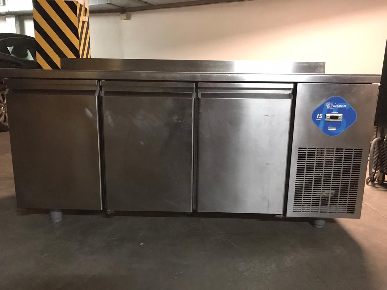 Стіл холодильний Desmon ITSM3 (Італія) Б/у в хорошому робочому стані!.
