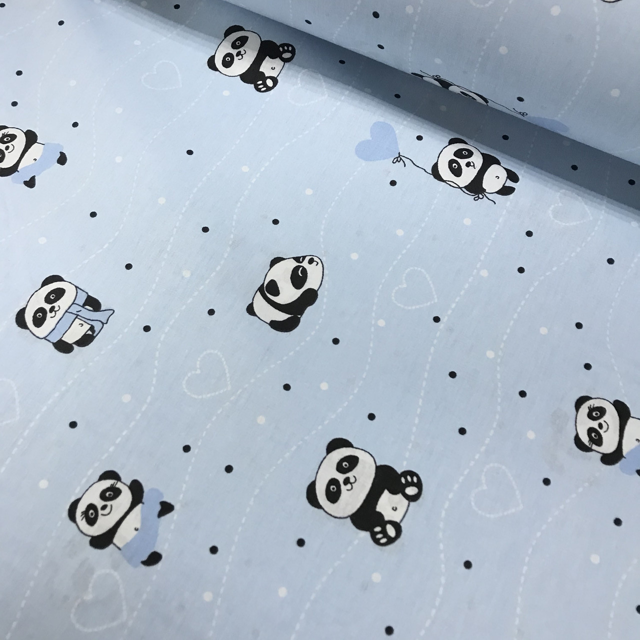Ткань поплин панды с сердцами и бело-черным горошком на голубом  (ТУРЦИЯ шир. 2,4 м)