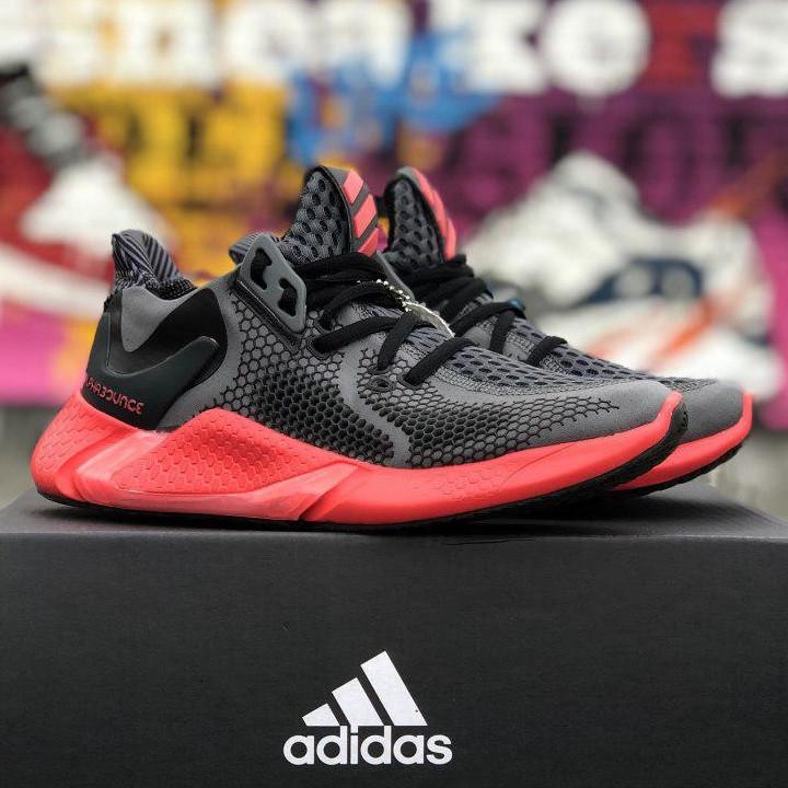 Кроссовки женские Adidas Alphabounce (черные-красные) Top replic