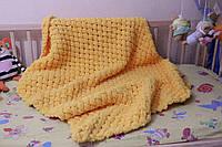 Детский плюшевый плед покрывало оранжевый 82*113  см в коляску, кроватку или на выписку ручная работа