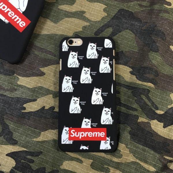 Чехол для iPhone Supreme с котом показывает фак