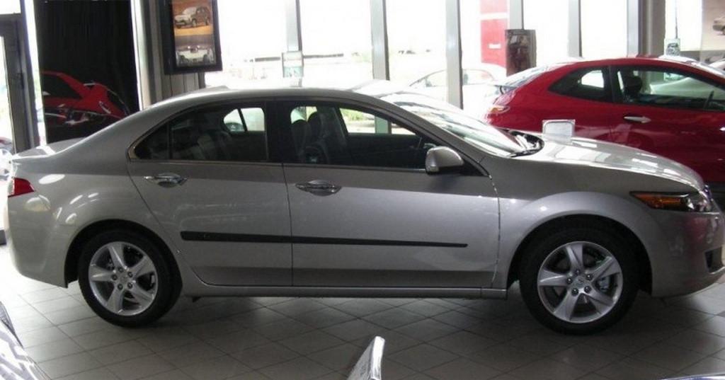 Молдинги на двери Honda Accord VIII 2008-2012