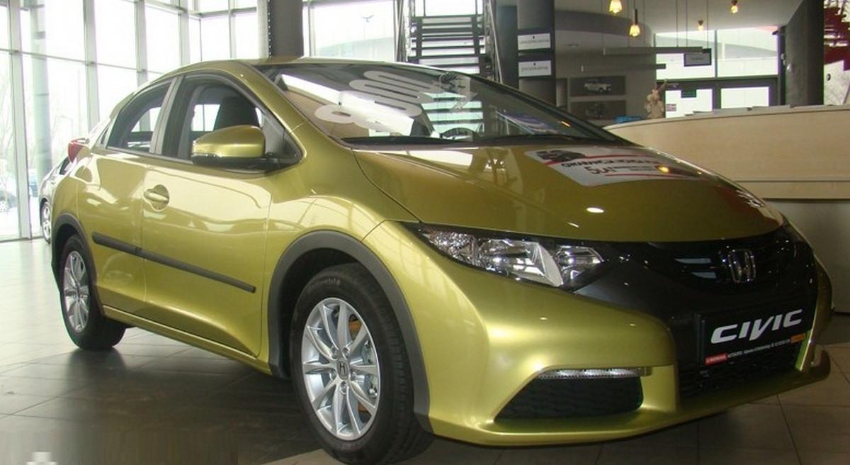 Молдинги на двери Honda Civic 5 Dr 2011-2013 / lift. 2014-2016