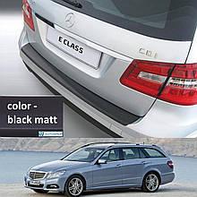 Пластикова захисна накладка на задній бампер для Mercedes-Benz E-Class W212T Touring 2009-2013
