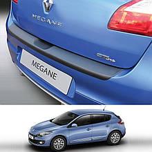 Пластиковая защитная накладка на задний бампер для Renault Megane III 5dr. 2008-2016