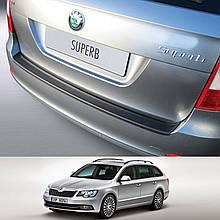Пластикова захисна накладка заднього бампера для Skoda Superb Combi 2013-2015