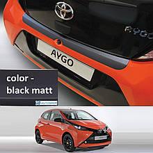 Пластиковая защитная накладка на задний бампер для Toyota Aygo II 3/5 Doors 2014+