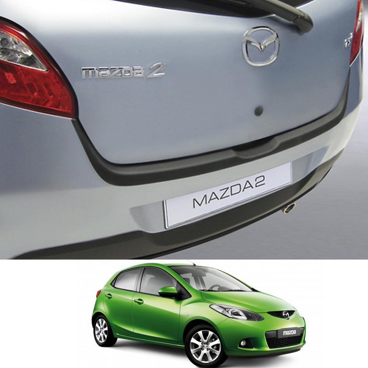 Пластикова захисна накладка на задній бампер для Mazda 2 (DE) 2007-2014