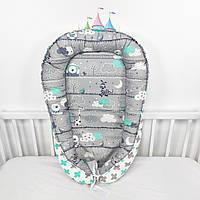 Кокон-позиционер для сна новорожденных в серо-мятных тонах со зверюшками