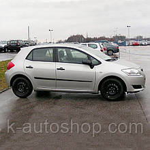 Молдинги на двері для Toyota Auris 5dr 2006-2012