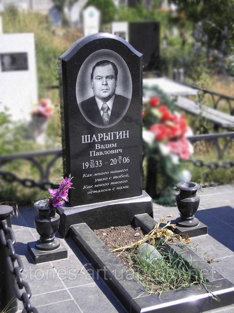 Памятники из гранита. Изготовление надгробий на кладбище. Установка, фото, более 100 образцов