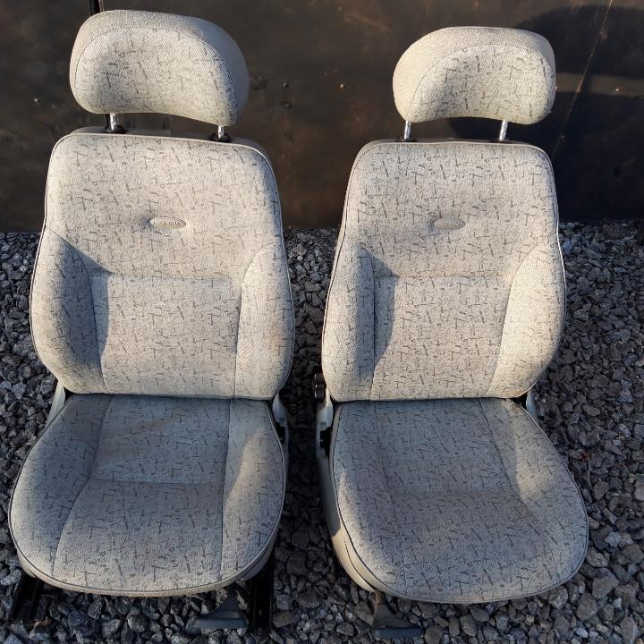 Сидіння передні Ваз 1118